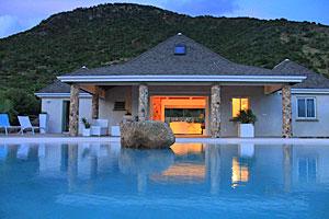 Villa La Roche dans l'eau2